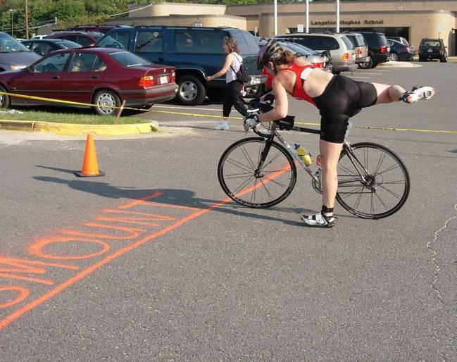 Injured_Triathletes_Lawyer_dismount.jpeg